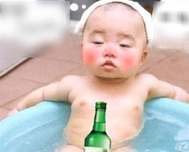 宝宝喝醉了图片可爱