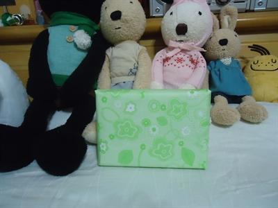 【粉多老梗玩不膩】聖誕節就是要來交換禮物!!! 麗娜 陳