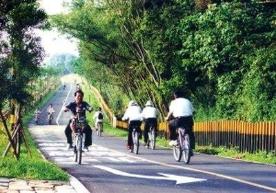 【粉多樂活】募集: 台灣10大最美自行車道 Juju June