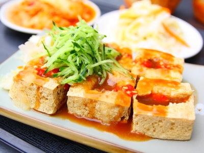 【粉多食堂】假掰料理重命名 Chen Vivi