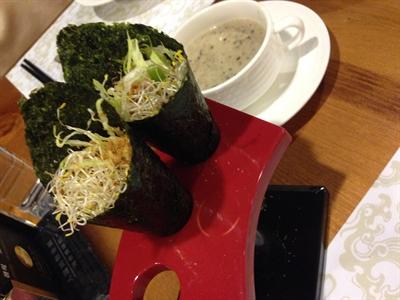 【粉多美食懶人包】美味素食餐廳推薦 Rachel Liao