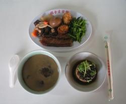 【粉多美食懶人包】美味素食餐廳推薦 永煇 陳