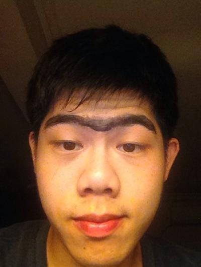 眉毛就要這樣畫才潮 李威逸