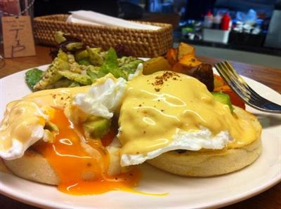 【粉多美食通】早午餐 Brunch 推薦 堅楊