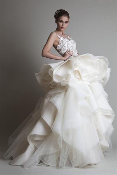 【粉多女人心】夢想中的婚紗禮服 Wun Yi Huang