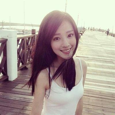 2015年表特版素人正妹大推推 Yu Lin