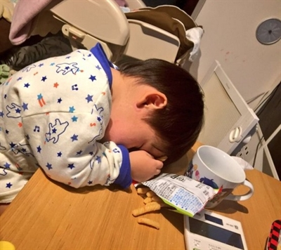 我家孩子忽然斷電那一刻 梅 陳