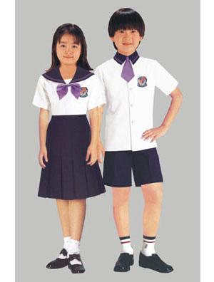 上學不用穿校服?特務們怎麼看 筱鴻 吳