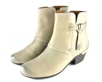 這雙馬靴踢不爛! 冬季必穿馬靴大募集 彥志 李