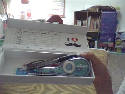 鉛奇百怪,你都用哪種鉛筆盒? Min Chu