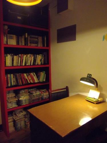 靈感來自深夜~深夜咖啡館 Regina Lin