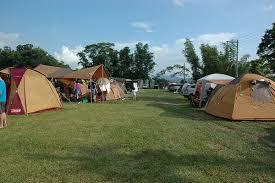 草地上的旅行,親子最佳露營場所! 彥志 李